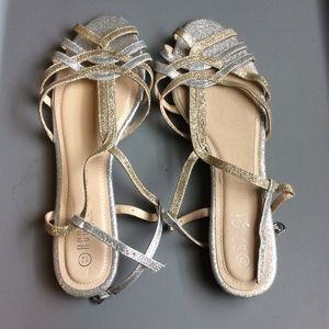 Shoes - New gold and silver sandals